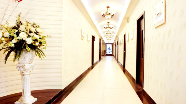 新校区二楼走廊