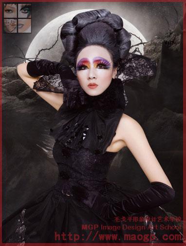 整体造型以黑色为主,造型师运用黑色蕾丝搭配经典