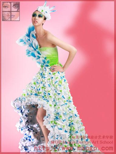 巴比公主折纸裙子步骤