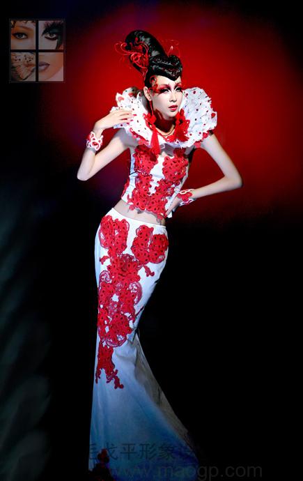 北京毛戈平学校2011年7月第5届秋季形象设计与艺术创意班毕业发布会