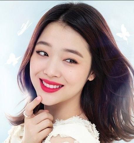 韩国女星潜规则图片_韩国女星