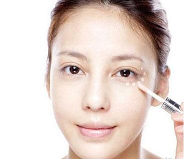 遮瑕修容其实是每个女生在化妆的过程中都会遇到的