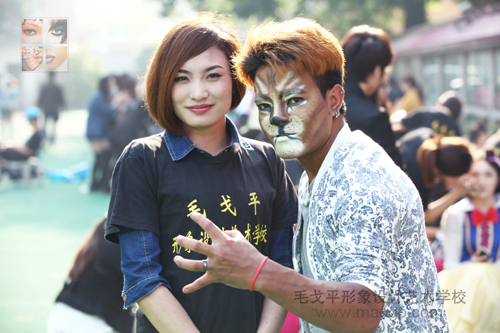 2014.5.8杭州学校助力中国国际动漫节