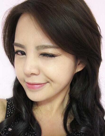 韩国人气裸妆 大眼睛最迷人