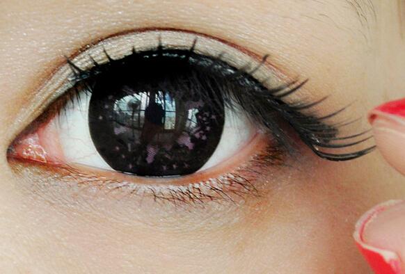 桃花妆眼影画法步骤图解