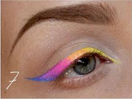 【美妆】成为拥有彩虹色系眼妆的天然呆萌元气少女图片