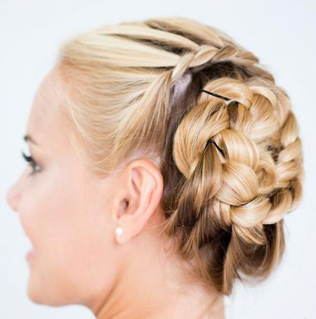 螺旋法式辫盘发让你与众不同