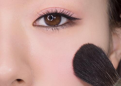 都说女人像猫,你怎么能不会画一款性感猫眼妆