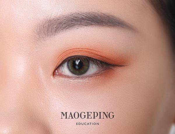 1.7眼妆九张:画眼线.JPG